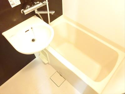 【浴室】ルーブル明大前
