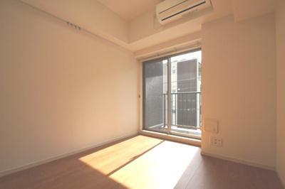 洋室6.2帖のお部屋です。
