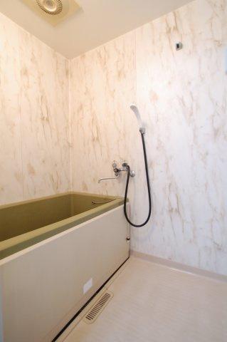 【浴室】エメラルドマンション