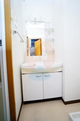 うれしい独立洗面台です。