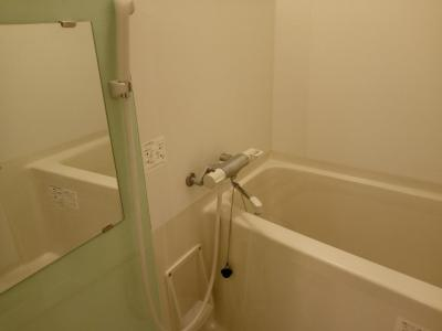 【浴室】レオネクストアブリール天満