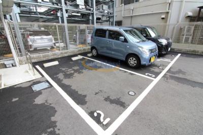 【駐車場】アドバンス大阪セレーノ