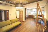 岐阜市小野 デザイナーズ中古住宅!家具・照明・カーテン付きの物件です。すぐに新しい生活が始められますの画像