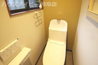 岐阜市小野 デザイナーズ中古住宅!家具・照明・カーテン付きの物件です。すぐに新しい生活が始められます