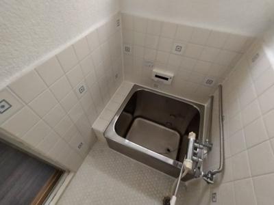 【浴室】花園本町2丁目貸家