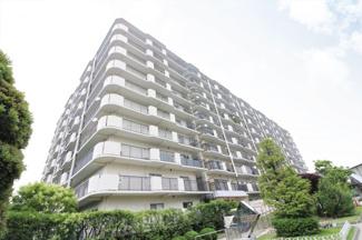 【パレス南塚口】地上10階建 総戸数320戸 ご紹介のお部屋は最上階の10階部分です♪