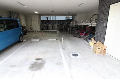 【駐車場】ジュネーゼみなと弁天町