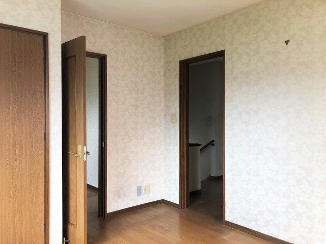 納戸2.6帖がある洋室