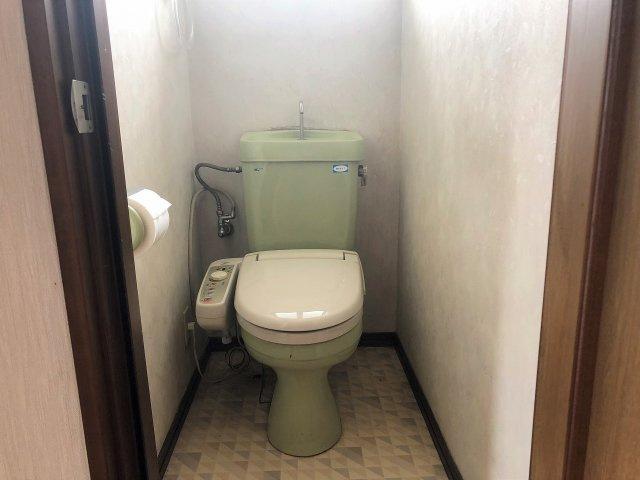 1階と2階にトイレがあります。