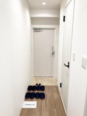 玄関スペースにはシューズボックスあり