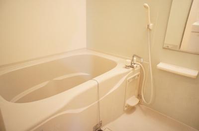 【浴室】プラッツ渡里B