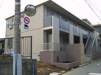 西馬込駅徒歩10分のアパートです。
