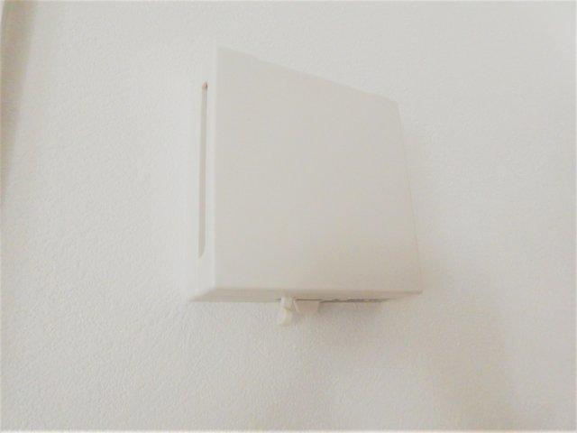 ◇Equipment◇シックハウス症候群の対策として24時間換気システムが稼働。2時間に1回、家の中の空気が入れ替わる仕組みです。【同仕様】