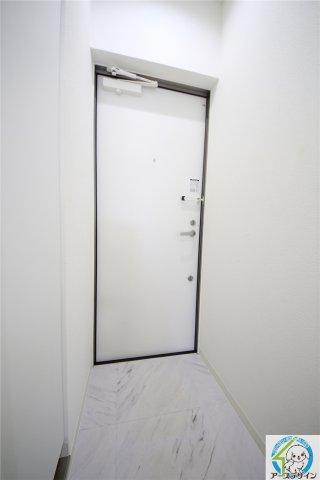 落ち着いた玄関です