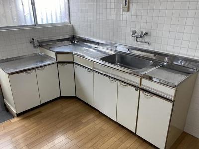 【キッチン】関西町貸家