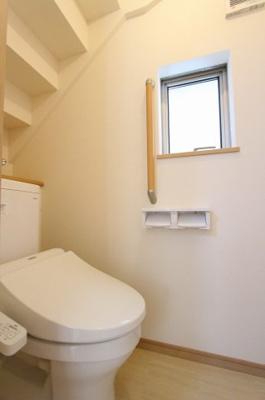 シンプルで使いやすいトイレです:建物完成しました♪毎週末オープンハウス開催♪八潮新築ナビで検索♪