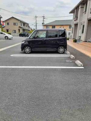 【駐車場】エトワールA