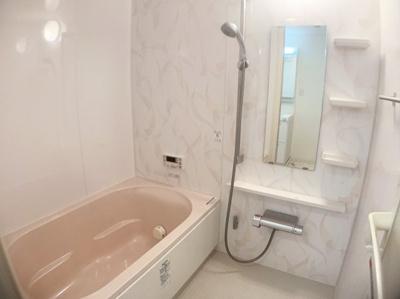 きれいなお風呂です。ゆったりおくつろぎ頂けます。