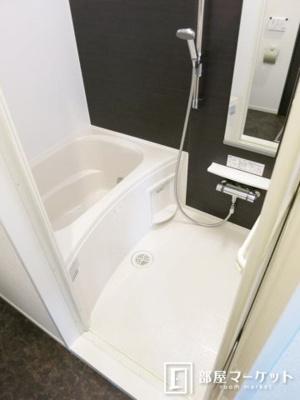【浴室】オリヴィエ
