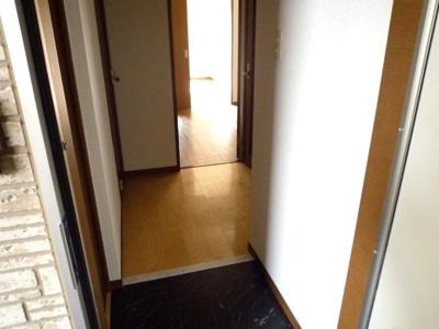 【玄関】ラパス高倉台II番館
