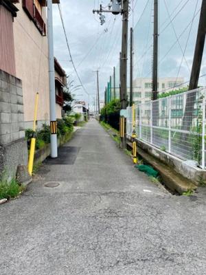 【前面道路含む現地写真】貝塚市小瀬1丁目 売土地