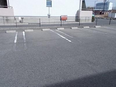 【駐車場】リバーサイド三城