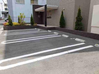 【駐車場】Amenity West