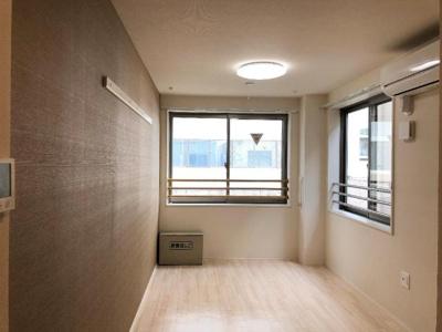 二面採光で明るい室内