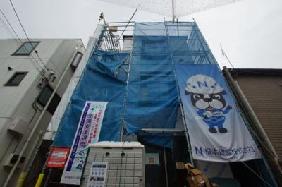 京急本線「八丁畷駅」徒歩8分のアパートです。