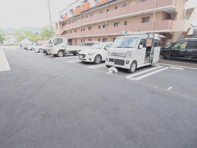 【駐車場】シャーメゾンサンフォレスト A棟
