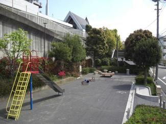 松葉公園まで60m