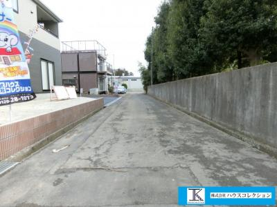 【前面道路含む現地写真】つくば市西大井 新築戸建て 1号棟