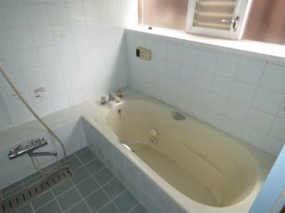 【浴室】川越市上寺山 5LDK中古戸建