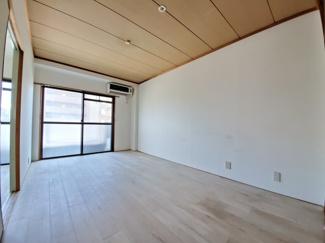 広々ダイニング!家具を置いても余裕があります