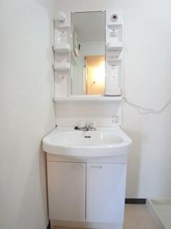 便利で嬉しい独立洗面台