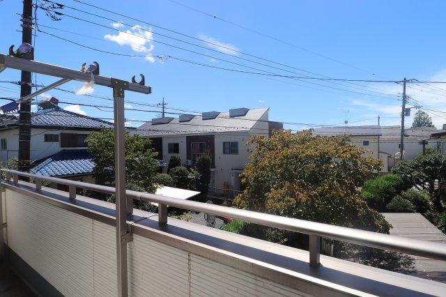 【バルコニー】平成27年築の築浅物件 狛江市東野川2丁目 中古戸建