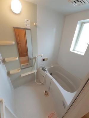 【浴室】サンパティーク・ロジュマンC