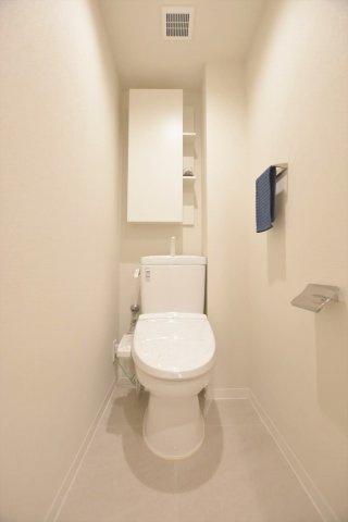 洗浄便座トイレ 新規交換につき快適にお使いいただけます