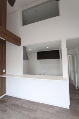 カウンター付オープンキッチン:建物完成しました♪毎週末オープンハウス開催♪三郷新築ナビで検索♪