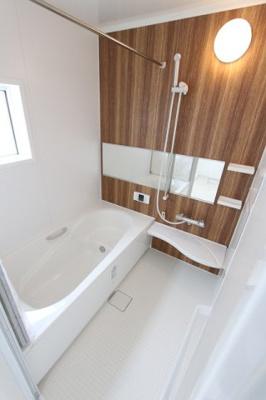 ゆったり過ごせるお風呂です:建物完成しました♪毎週末オープンハウス開催♪三郷新築ナビで検索♪