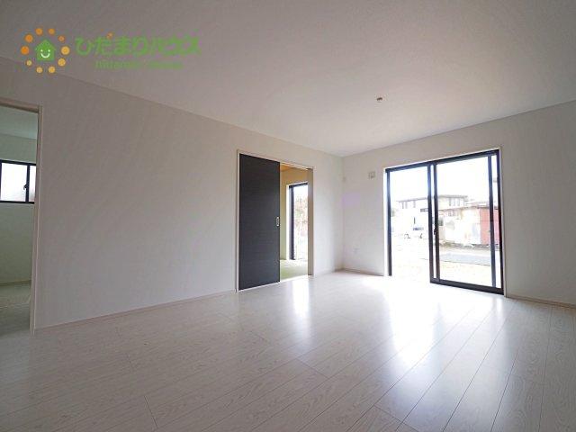 【前面道路含む現地写真】つくばみらい市伊奈東4期 新築戸建
