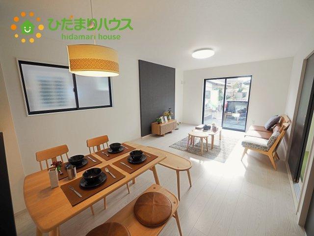 【前面道路含む現地写真】阿見町うずら野33期 新築戸建