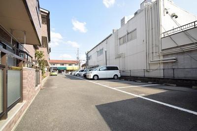 【駐車場】サンライズ高槻 (株)Roots
