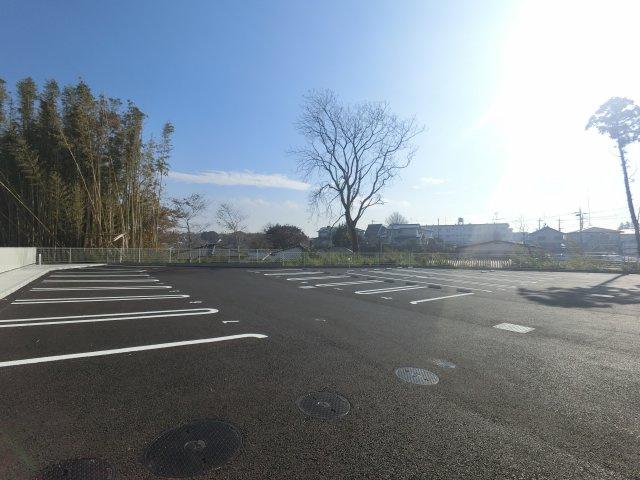 【駐車場】エオス パーラー影山