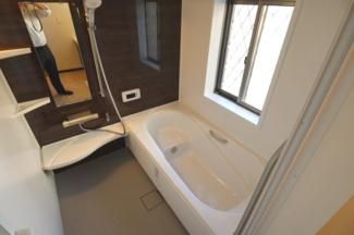 浴室は快適なだけではなく、清潔さを保ち、一日の疲れをしっかり癒せます