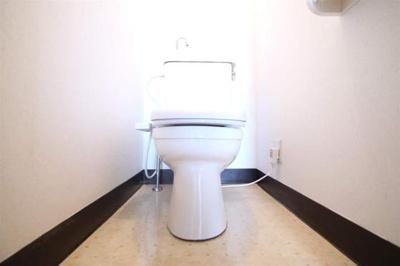 温水洗浄便座完備です