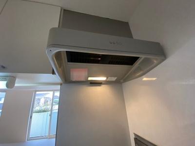 105 キッチン換気扇
