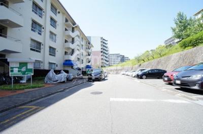 【駐車場】藤白台住宅