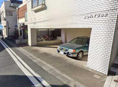 【駐車場】サンハイツ野沢 礼金0 内装全面リフォーム済 独立洗面台 駐輪場