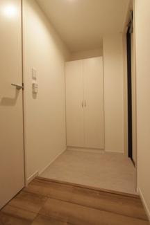 シンプルで使いやすい玄関です